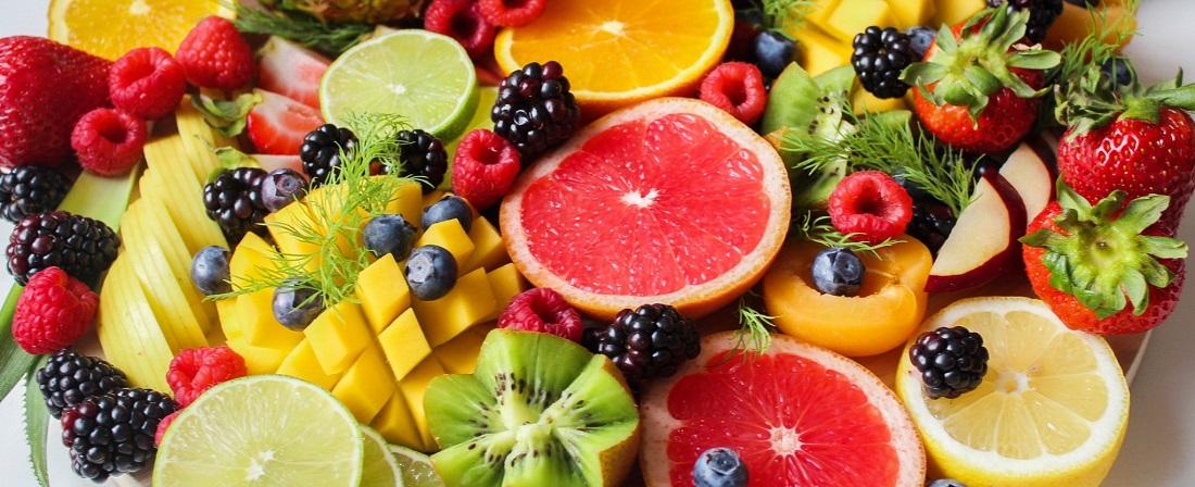 fruits and berries vegetarian diet