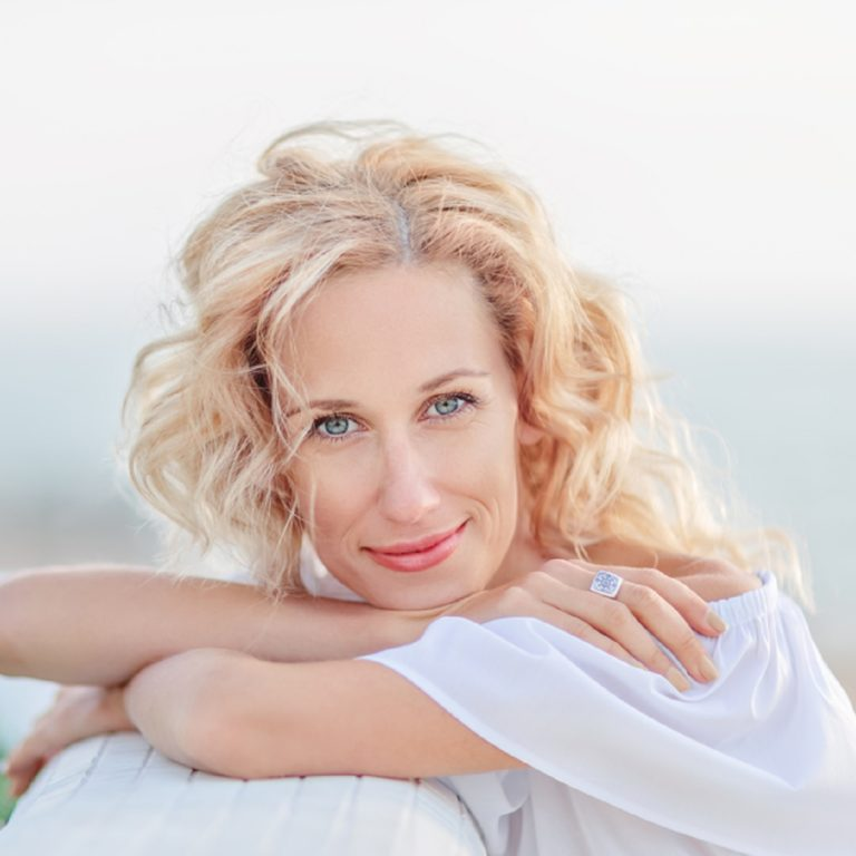 MENOPAUSE – Symptoms, Causes, Complications, and Herbal Remedies for Menopause Symptoms Relief